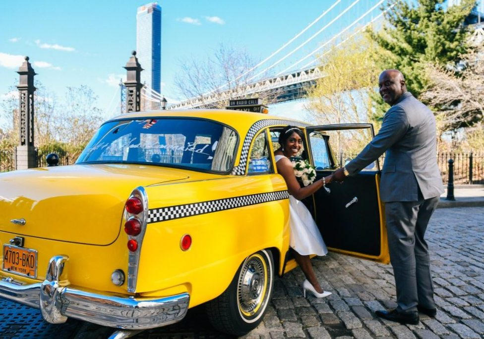 checker-cab-brooklyn-bridge-slide-1200x800
