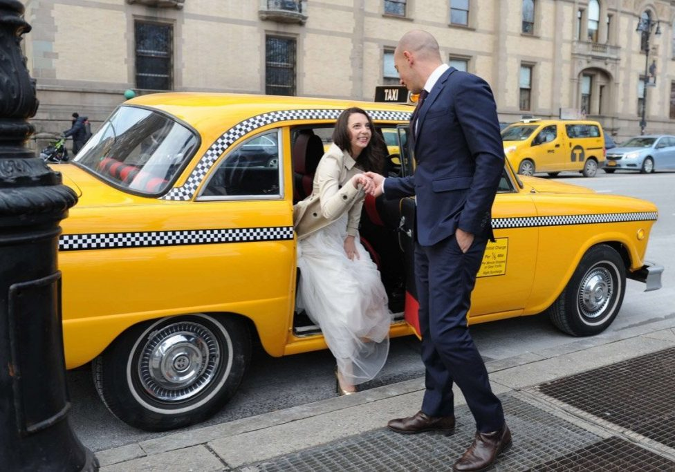 checker-cab-wedding-elopement