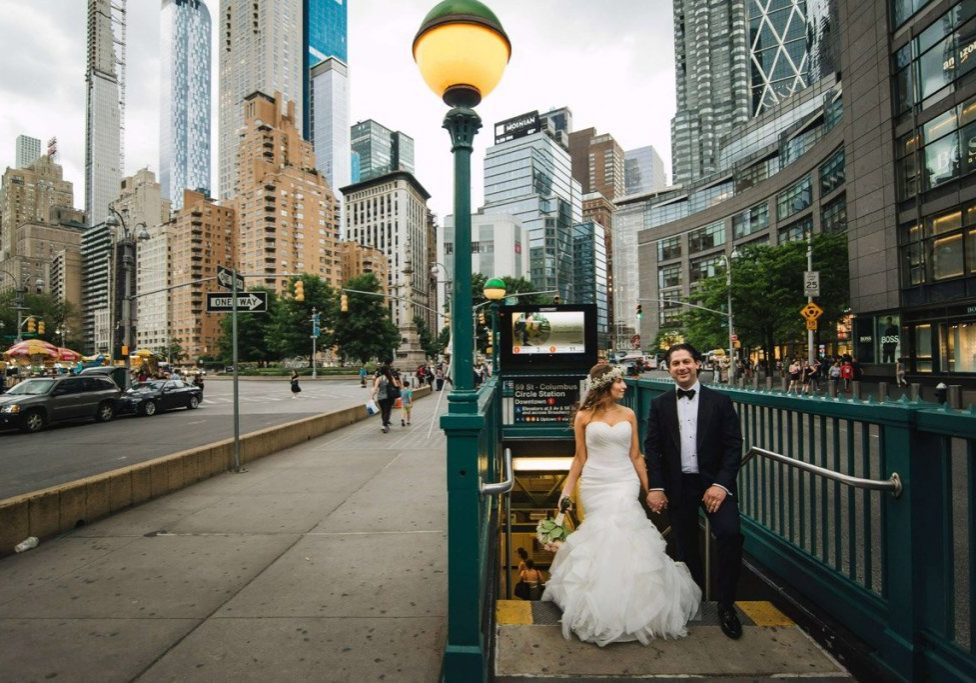 jewish-chuppah-wedding-couple-out-of-the-subway-2