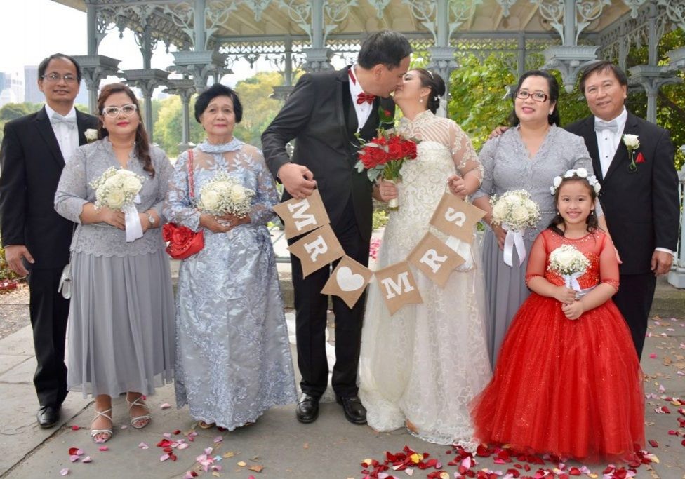 ladies-pavilion-wedding-with-family-from-phillipines