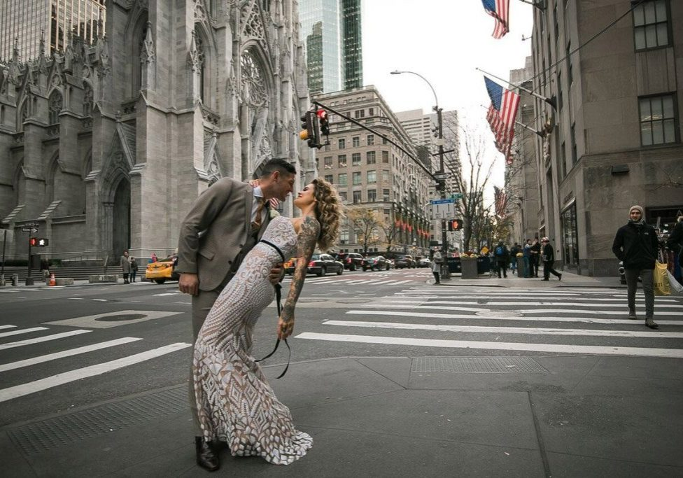 saint-patrick-cathedral-wedding-couple-street-shot